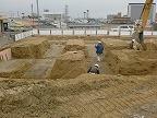 掘削工事開始。